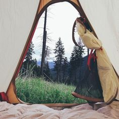 Enjoy Yourself While Camping With These Tips. Prepare yourself to learn as much as you can about camping. Camping offers an excellent opportunity for your family to share an adventure and bond, as well Adventure Awaits, Adventure Travel, Nature Adventure, Voyage Week End, Into The Wild, Wanderlust, All Nature, Camping Life, Women Camping