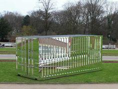 "Stefan Sous - ""Versalles"" Contenedor de cromo en NRW Forum ""arquitectura de contenedores"" - Alemania."