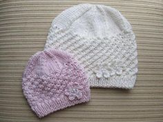 Ravelry: Stars Stitch Hat pattern by Elena Chen You're going to love STARS STITCH HAT by designer KnittinKitty. Looking for a knitting pattern for your next project? Look no further than STARS STITCH HAT from KnittinKitty! Shop for star stitch hat on Ets Baby Hats Knitting, Baby Knitting Patterns, Baby Patterns, Free Knitting, Knitted Hats, Crochet Patterns, Pattern Baby, Knit Crochet, Crochet Hats