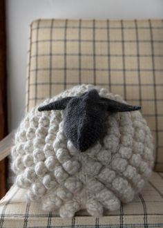 Bobble Sheep Pillow Knitting Pattern in Gentle Giant from Purl Soho