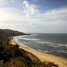 Fizemos um passeio muito massa pelo litoral sul de Natal, para a Praia de Pipa. Essa é a belíssima Praia do Amor. A foto foi tirada do Chapadão, um morro que fica bem perto de Pipa.  Quem aí já foi à Praia do Amor, levanta a mão.