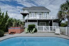 This week's featured property offers something for everyone in the family to enjoy on your next trip to Emerald Isle. By the Point is a second row beach vacation home with stunning ocean views. This spacious three-level home has 5 bedrooms and 4 bathrooms, plus two living areas to spend quality times with family and friends. Read more!