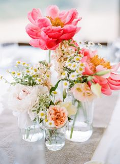 If you're going to produce the bouquet yourself, ensure you use funny and appealing bases for your bouquets. In any case, it is possible to also go for handmade bouquets. Floral Centerpieces, Wedding Centerpieces, Wedding Table, Wedding Bouquets, Floral Arrangements, Wedding Decorations, Table Decorations, Wedding Cakes, Peonies Centerpiece
