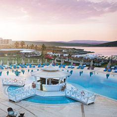 Çeşme'nin gözbebeği Alaçatı'da kusursuz bir tatil için Premier Solto Hotel'in %35 erken rezervasyon indirimlerini kaçırma!