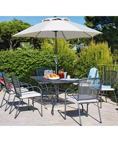 Miami 6 Seater Patio Set With Parasol And Cushions   Black. £249.99