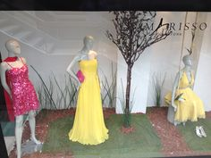 Amarisso New York Shopping Window in Kifissia. Evening and cockatil dresses. Wedding gowns.