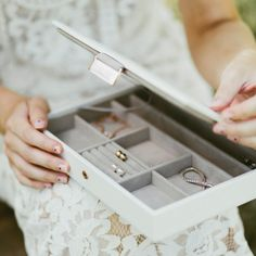 Bride Classic Jewellery Box Lid 💍 A beautiful gift the bride will treasure! Something they can treasure and add to for years to come