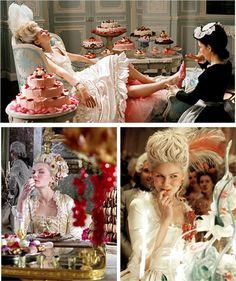 Kirsten Dunst jouant le rôle de Marie Antoinette, film dirigé par Sophia Coppola.