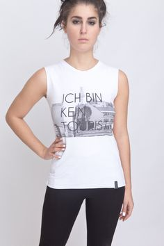 """Blacklabel """"Ich bin kein #Tourist"""" Ripped Sleeveles #TShirt von #ADDICTED2 #Berlin auf Etsy"""