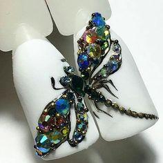 # Dragonfly Nail Art