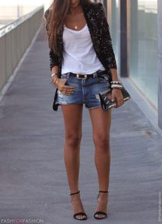 Jeans shorts & heels - great look for fall