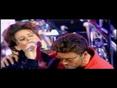 """George Michael, Queen y Lisa Stansfield  """"These Are The Days Of Our Live..."""