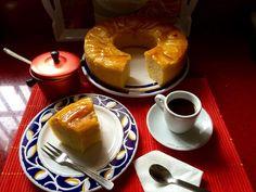 APPEL CAKE/ BIZCOCHO DE MANZANA by De Buena  Mesa @Cookbooth http://www.cookbooth.com/recipe//appel-cake-bizcocho-de-manzana-73737