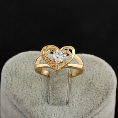 Chic 18K Gold Plated Lovely Heart Shape Copper Ring Inlay White Shiny Zircon Two Sizes