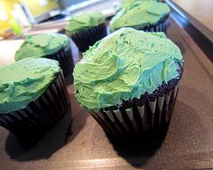 Guinness Cupcakes with Bailey's Frosting....out of 31 reviews it received 4.5 out of 5 stars!
