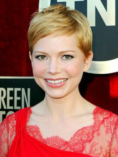 ok, sorry, i don't mean to be a creeper about michelle williams' hair but i just love it.