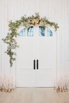 diy floral ceremony arch tutorial | image via: 100 layer cake