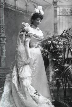 1898, Lady Marguerite Clarke, née Prevost (d1918) wearing court dress