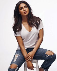 Priyanka Chopra cutest bollywood tempting insane beauty face unseen latest hot sexy images of her body show and navel pics with big cleavage. Indian Actress Hot Pics, Beautiful Indian Actress, Beautiful Actresses, Indian Actresses, Bollywood Actors, Bollywood Celebrities, Bollywood Fashion, Actress Priyanka Chopra, Priyanka Chopra Hot