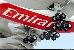 Airbus A380-861, Emirates