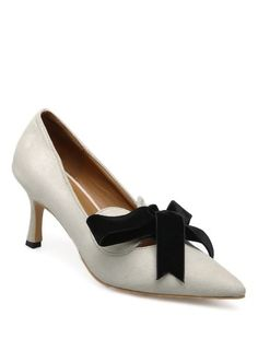 ddd6a171645 Pointed Toe Mid Heel Pumps (Apricot)