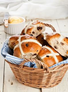 If you feel adventurous here's an AMAZING recipe. It's in metrics, so you'll have to convert | Hot Cross Buns | DunnDIY.com | #inspiration