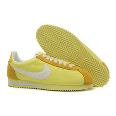 Køligt Nike Cortez V1 Gul Guld Dame Skobutik | Fantastisk Nike Cortez V1 Skobutik | Nike Skobutik Billige | denmarksko.com