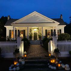 Best Friend Wedding, Beautiful Homes, Georgia, I Am Awesome, Mansions, Medium, House Styles, Instagram, Home Decor