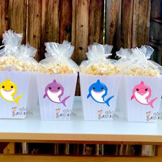 Baby Shark Theme Popcorn Favor Bins SET OF 12 Themed popcorn favor boxes are ideal to gift your guests! Baby Boy Birthday Themes, Shark Birthday Cakes, 2nd Birthday Party For Girl, Birthday Ideas, Shark Party Decorations, Baby Shark, Favor Boxes, Free Shipping, Create