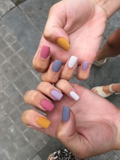 On average, the finger nails grow from 3 to millimeters per month. If it is difficult to change their growth rate, however, it is possible to cheat on their appearance and length through false nails. Are you one of those women… Continue Reading → Cute Acrylic Nails, Pastel Nails, Colorful Nails, Yellow Nails, Acrylic Nails Yellow, Lilac Nails, Summer Acrylic Nails, Pink Yellow, Summer Nails