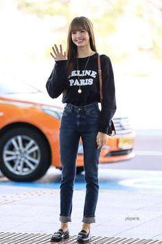 Blackpink Fashion, Kpop Fashion Outfits, Asian Fashion, Girl Outfits, Casual Outfits, Cute Outfits, Petite Fashion, Curvy Fashion, Fashion Trends