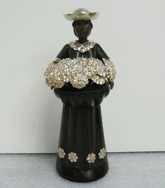 Sculpture of a flower vendor in wood and silver - Peru