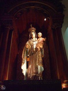 Virgen del Carmen, Altar Mayor, Iglesia El Carmen, San José, Costa Rica
