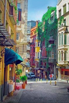 The Colorful Beyoglu Streets, Istanbul, Turkey. Places Around The World, Travel Around The World, Around The Worlds, Places To Travel, Places To See, Wonderful Places, Beautiful Places, Sainte Sophie, Capadocia