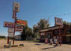 Estacion de Servicio y Motel en una carretera de Cortez City Colorado, USA www.vivimosdeviaje.com