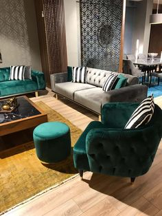 Belhi Sofa Set It's super easy to have a home that looks nice through the use of home decoration styles … Bedroom Decor For Small Rooms, Living Room Decor Cozy, Living Room Green, Living Room Sofa, Home Living Room, Bedroom Bed Design, Interior Design Living Room, Living Room Designs, Sofa Furniture