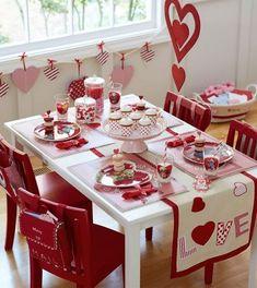 A cute Valentine table decor More