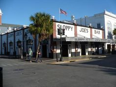 Sloppy Joe's & Duval St in Key West!! <3 Easily one of the best places to hang out