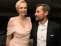 Actors Gwendoline Christie and Nikolaj Coster-Waldau attend HBO's Official Golden Globe Awards After Party at Circa 55 Restaurant on January 2017 in Beverly Hills, California. Get premium, high resolution news photos at Getty Images Lady Brienne, Brienne Of Tarth, Game Of Thrones Books, Game Of Thrones Cast, Jaime And Brienne, Jaime Lannister, Acteurs Game Of Throne, Gwendolyn Christie, Game Of Throne Actors
