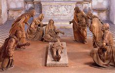 Guido Mazzoni (c. 1450-1518) Compianto sul Cristo morto, c. 1492 Chiesa di Sant'Anna dei Lombardi, Napoli.(via Musei italiani - Facebook)