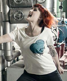 ©kluftschloss_Heart-Hole T Shirts For Women, Heart, Tops, Fashion, Moda, Fashion Styles, Fashion Illustrations, Hearts