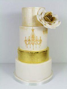 Gold leaf and Chandelier wedding cake - Cake by Little Miss Fairy Cake Elegant Wedding Cakes, Beautiful Wedding Cakes, Gorgeous Cakes, Gold Leaf Cakes, Gold Cake, Gold And White Cake, Cake Lace Mat, 40th Birthday Cakes, Birthday Ideas