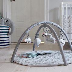 Done by Deer - speelmat - Activity baby gym - grijs #kidsroom #kinderkamer #kinderzimmer #littlethingz2