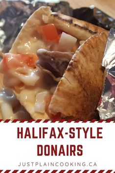 The famous Halifax Donair - Spicy grilled beef and creamy garlic sauce with vegetables on a pita. Make your own at home with a few simple ingredients. Donair Meat Recipe, Donair Sauce, Kebab Recipes, Beef Recipes, Cooking Recipes, Recipies, Canadian Dishes, Canadian Food, Creamy Garlic Sauce