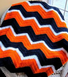 USA sports team spirit SCHOOL colors chevron by JDCrochetCreations, $80.00 https://www.etsy.com/listing/125405241/usa-sports-team-spirit-school-colors?ref=shop_home_active_5