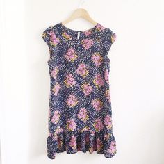 """Floral Dress 10/10 condition, about 33"""" long -- 100% silk Heritage 1981 Dresses"""