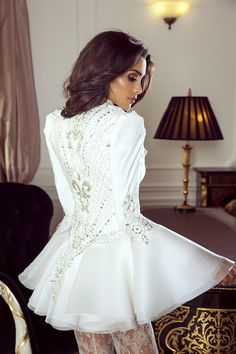 Sylwia Romaniuk Fashion Designer Wedding outfit, beautiful white coat / blazer model Sara Faraj