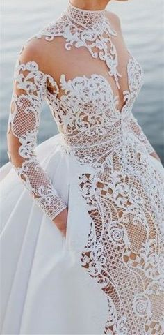 High Collar Long Sleeve Hollow Lace Sexy Party Prom Dresses 2017 new style fashion evening gowns for teens girls