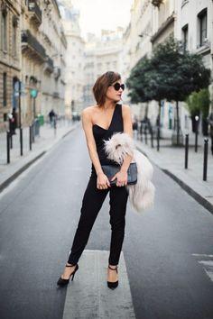 chamarra a la mitad o amarrar las agujetas de tus botas hasta el antepenúltimo nivel, dejar las cosas incompletas le da un look francés muy cool al asunto.