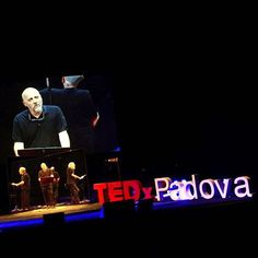 "Università di Padova parla di #TEDxPadova su Instagram 🎤""Dentro di me cultura e #tecnologia sono due zolle tettoniche che scatenano umanissimi terremoti""  #MarcoPaolini speaker @TEDxPadova #domaniora, evento promosso in collaborazione con #unipd. ""#Culture and #technology are tectonic plates which trigger human earthquakes inside of me"" Marco Paolini was a speaker at #TEDxPadova, the event promoted in collaboration with #Padua #University.  #Paolini #TEDx #unipd #TeatroVerdi…"